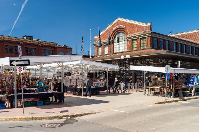Ottawa Kanada - 15th April 2016: Byward täckte marknaden i Ottaw arkivbilder