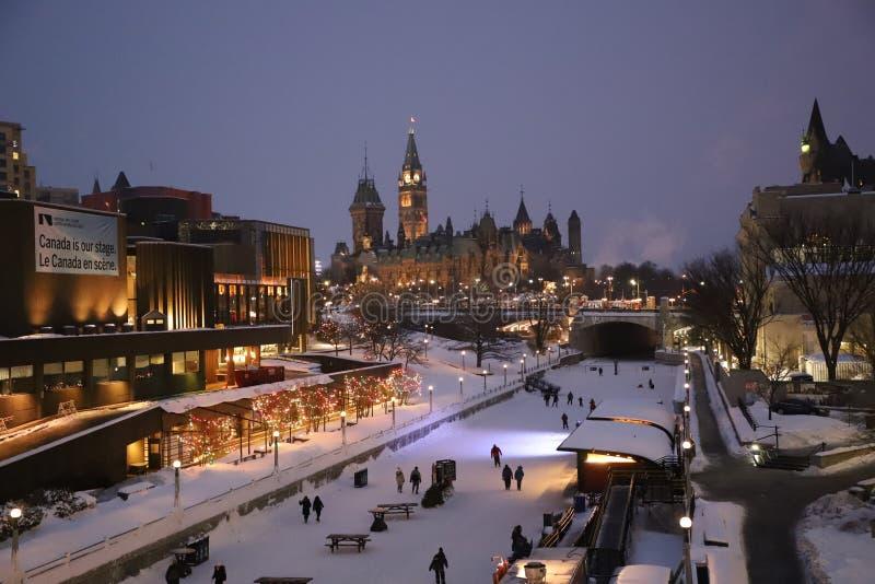 Ottawa na noite imagem de stock royalty free