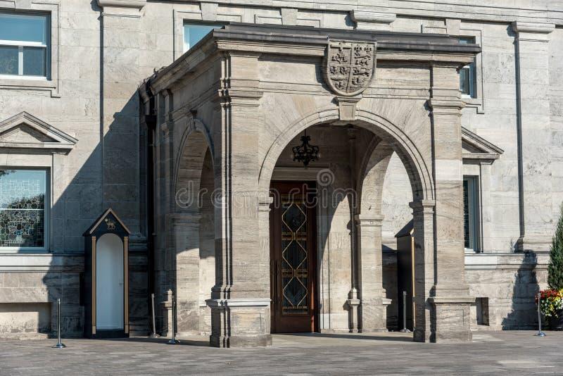 Ottawa: Regulatorer parkerar royaltyfria foton