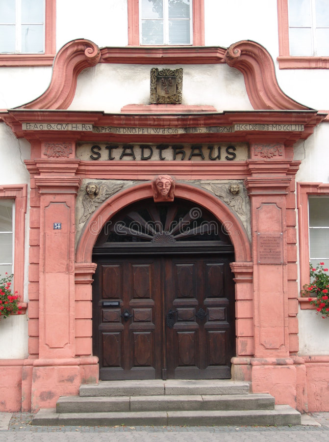 Download Otterberg Townhall imagem de stock. Imagem de palatinate - 531097