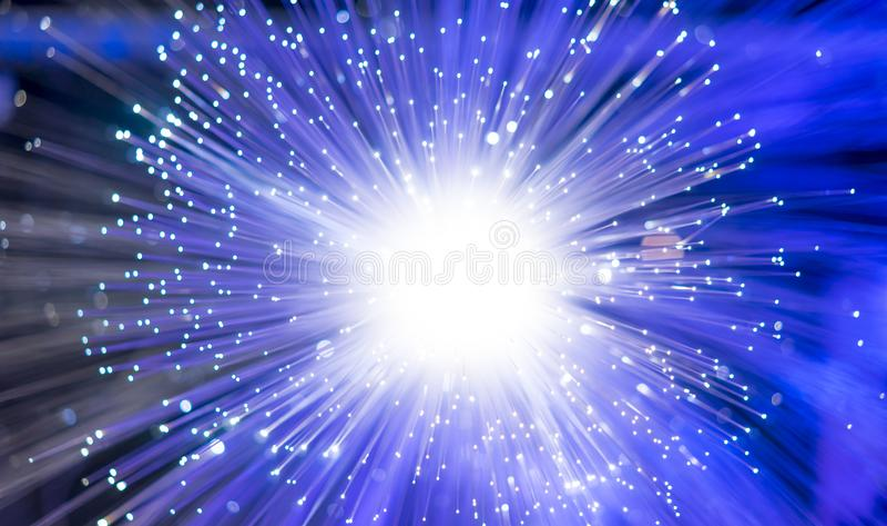ottico, le fibre ottiche, fibra infila per COM ultraveloce di Internet immagine stock libera da diritti