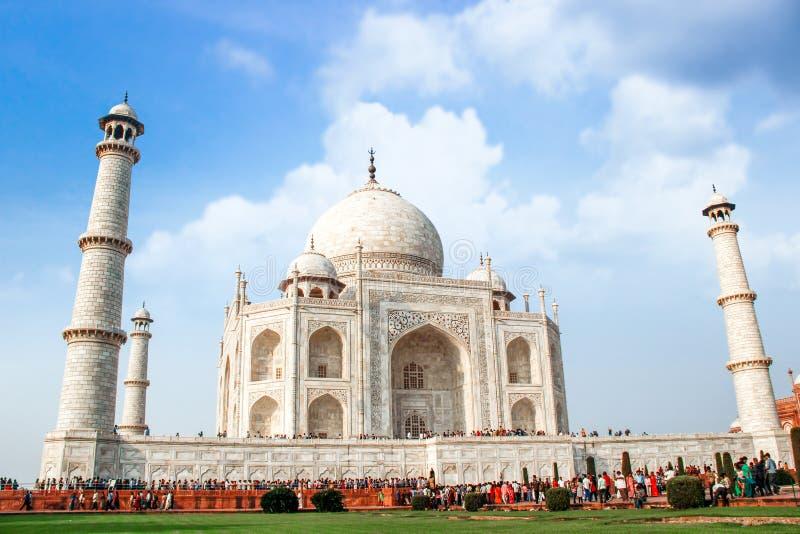 19 OTTOBRE 2013, AGRA - L'INDIA Visita Taj Mahal della gente Unesco Wo fotografie stock