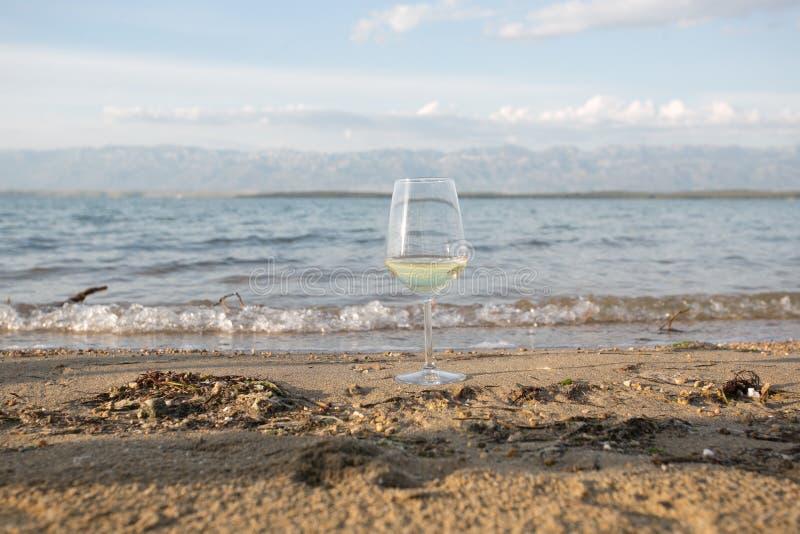 Otuchy dobry lato sezon na wybrzeżu zdjęcie royalty free