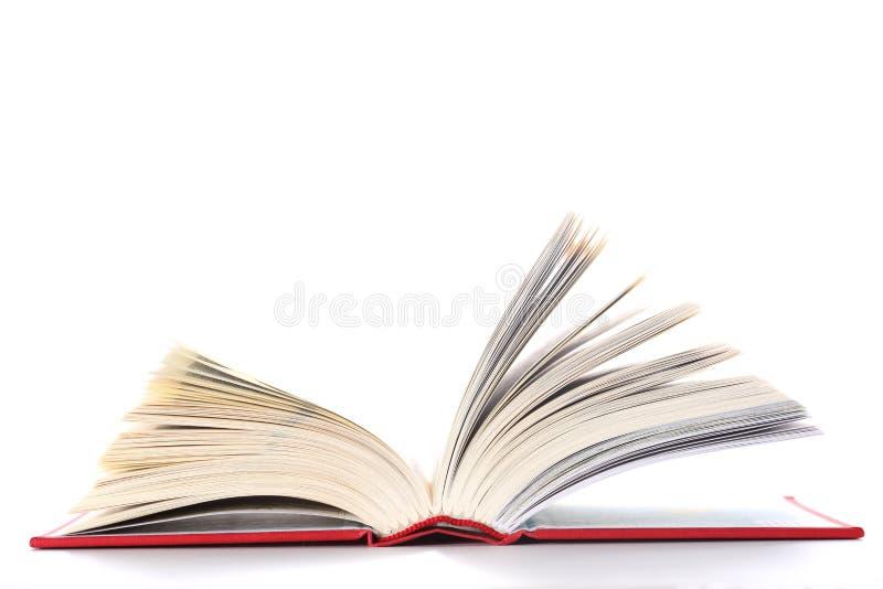 Otwarta książka odizolowywająca na białym tle z kopii przestrzenią dla twój teksta obraz royalty free