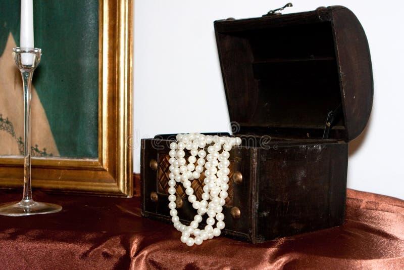 Otwarty jewlery pudełko fotografia royalty free