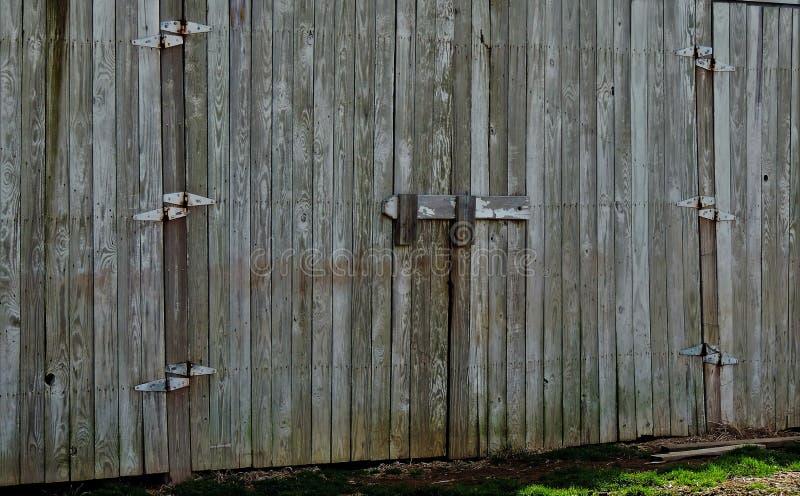 Otwiera stajni drzwi zdjęcie royalty free