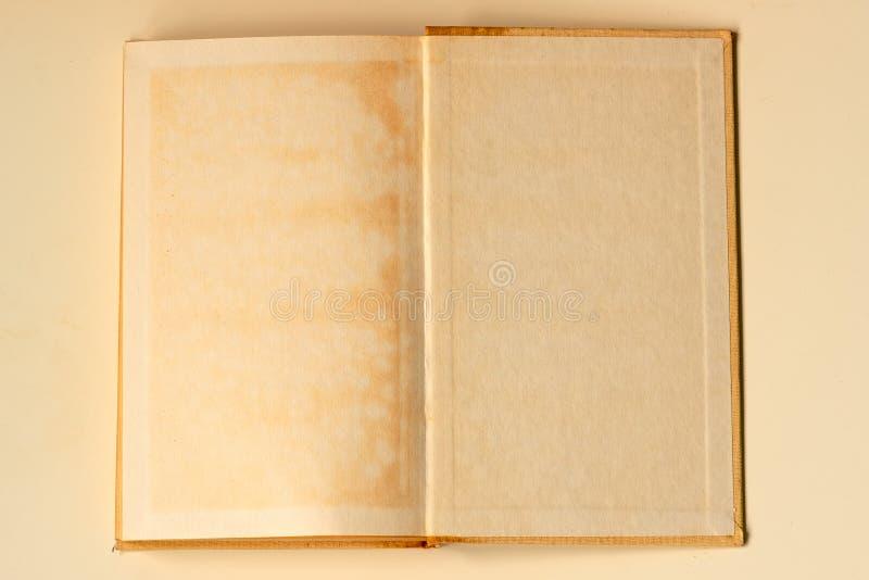 Otwiera starej ksi??ki puste miejsce T?o obrazy royalty free