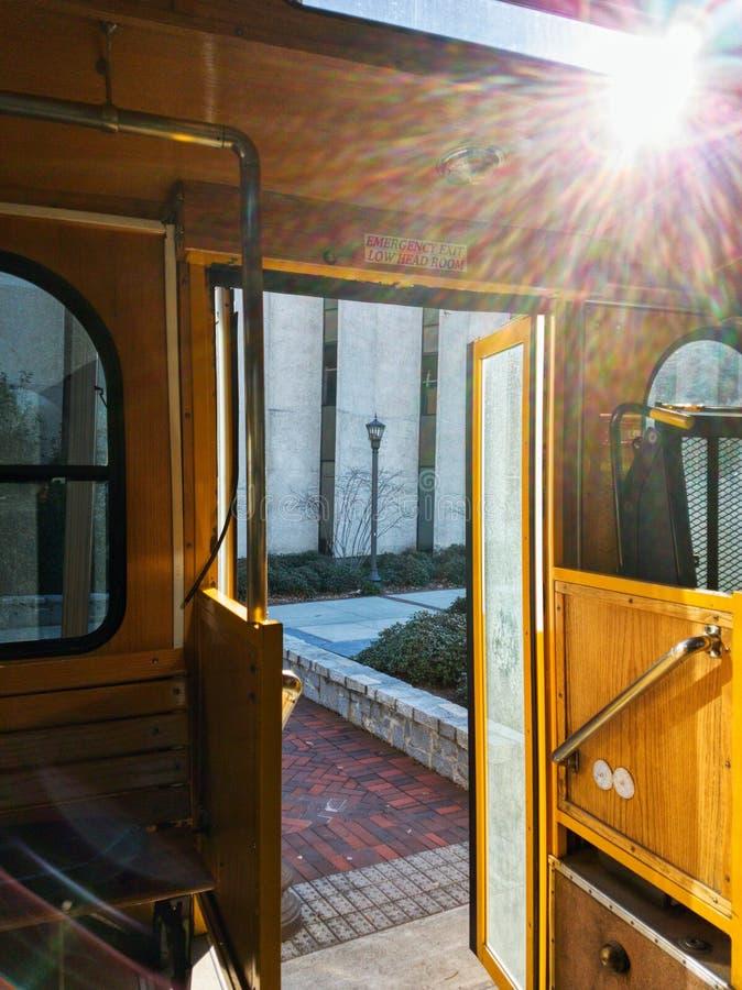Otwiera wejście Gruzja techniki tramwaju autobus obrazy royalty free