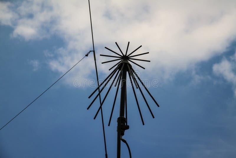 Oud antennedetail Recreatie van gebruikt in de Tweede Wereldoorlog door het Amerikaanse leger in Normandië royalty-vrije stock afbeelding