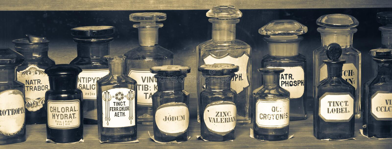 Oud apotheekmuseum royalty-vrije stock afbeeldingen