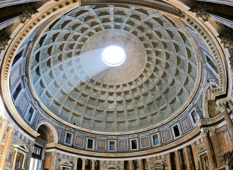 Oud architecturaal meesterwerk van Pantheon in Rome, Italië royalty-vrije stock afbeeldingen