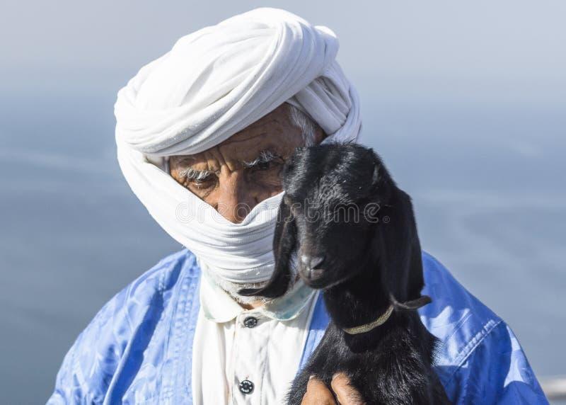 Oud Berber-portret stock afbeelding