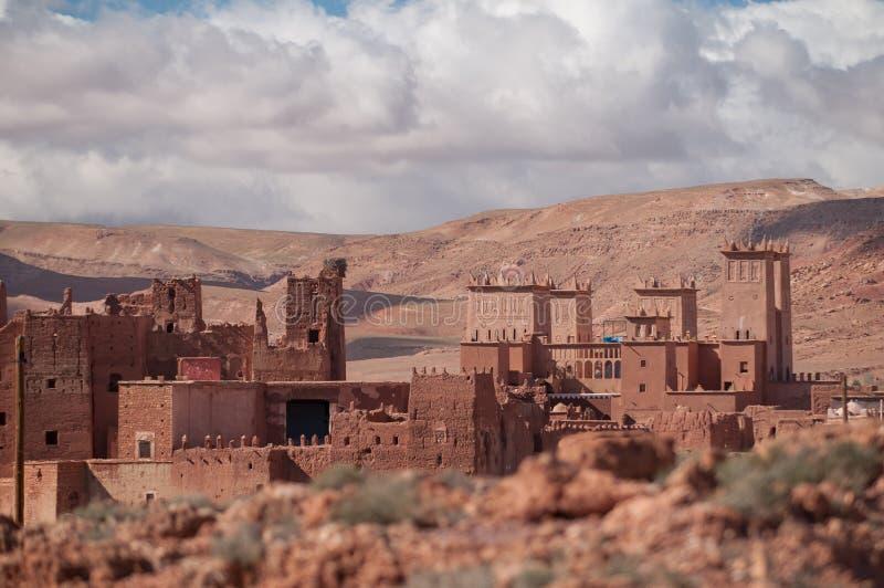 Oud casbahdorp in Marokko stock afbeeldingen