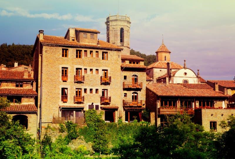 Oud Catalaans dorp Besalu stock afbeeldingen