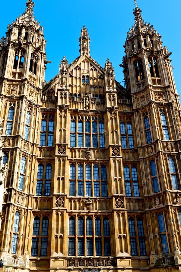 oud in de historische hemel van Londen stock foto's