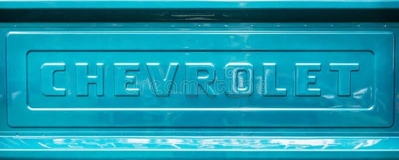 Oud de laadklep klassiek ontwerp van de chevroletpick-up stock foto
