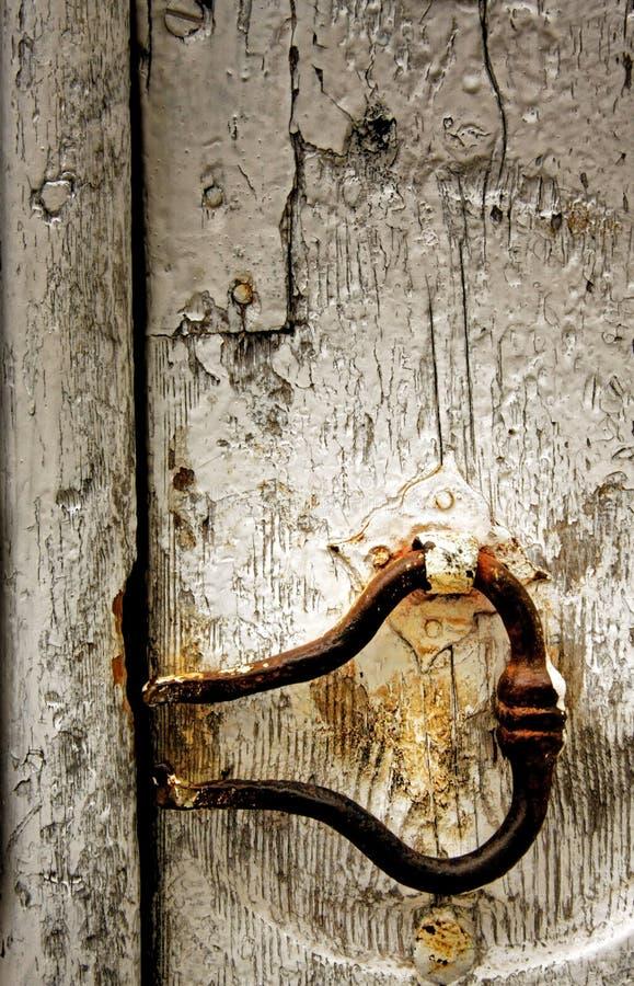 Oud deurhandvat royalty-vrije stock afbeeldingen