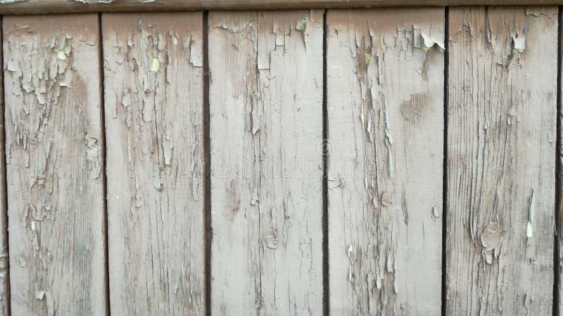 Oud die hout in wit wordt geschilderd stock foto