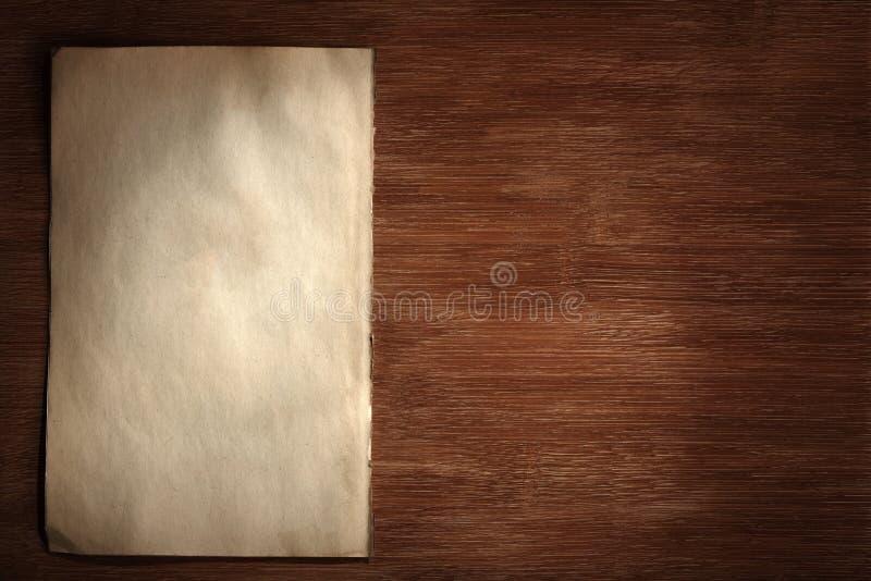 Oud document op dek stock afbeeldingen