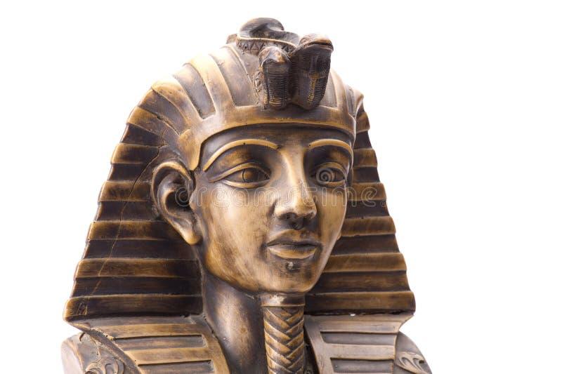 Oud Egyptisch geïsoleerd faraostandbeeld stock afbeeldingen