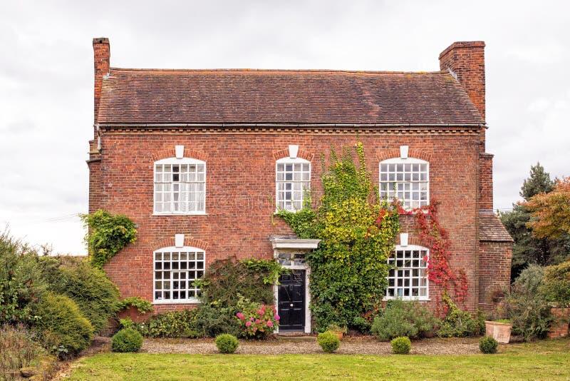 Oud Engels Buitenhuis, Worcestershire, Engeland stock afbeeldingen