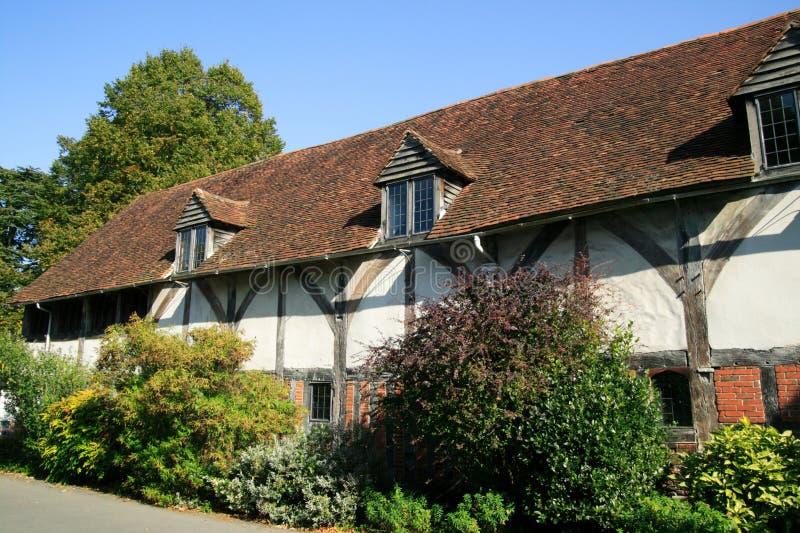 Oud engels middeleeuws huis stock foto afbeelding 13008146 - Verlenging hout oud huis ...