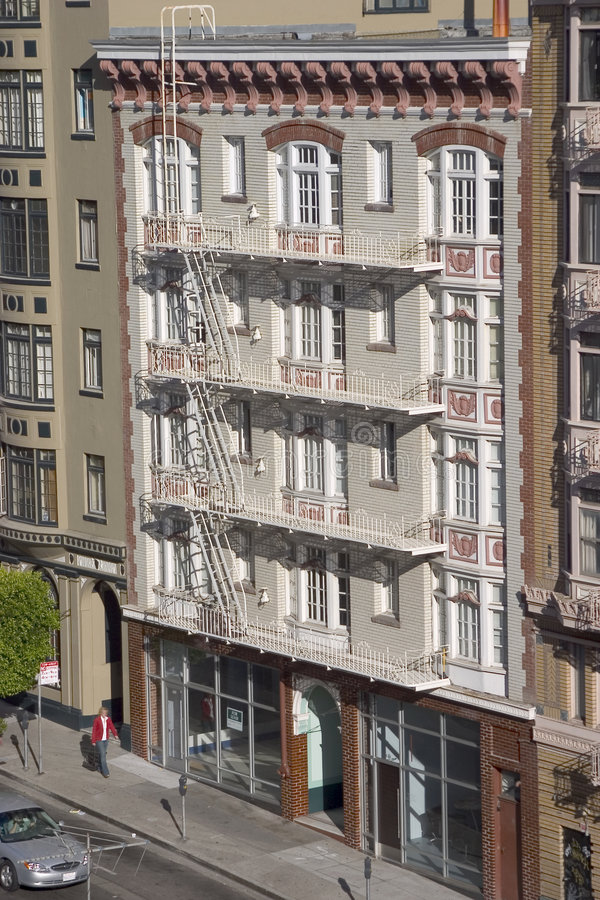 Oud Flatgebouw stock foto