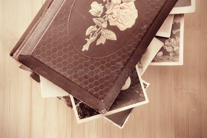 Oud foto-album stock foto