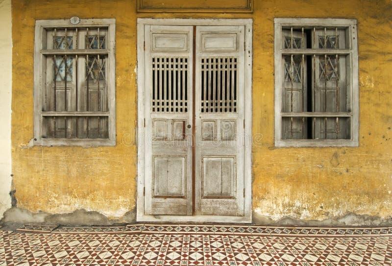 Oud geel erfenishuis, Penang, Maleisië stock foto's