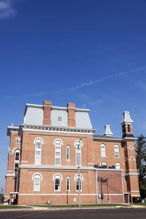 Oud gerechtsgebouw in Hillsboro, Montgomery County stock foto