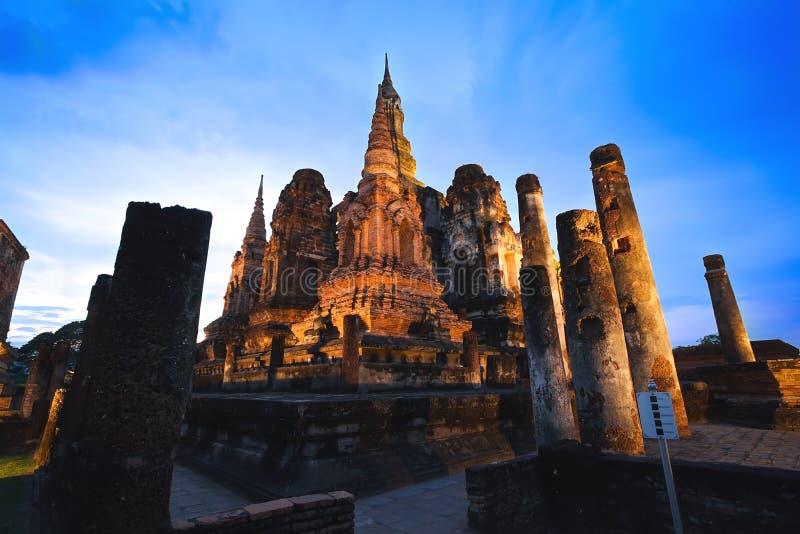 Oud geruïneerd Wat Mahathat in Sukhothai-Provincie, Thailand stock afbeelding