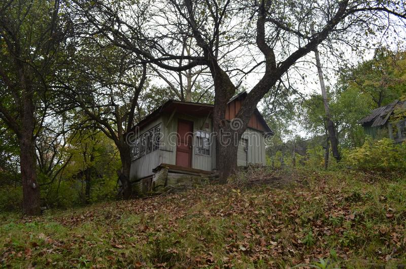 Oud griezelig huis stock foto