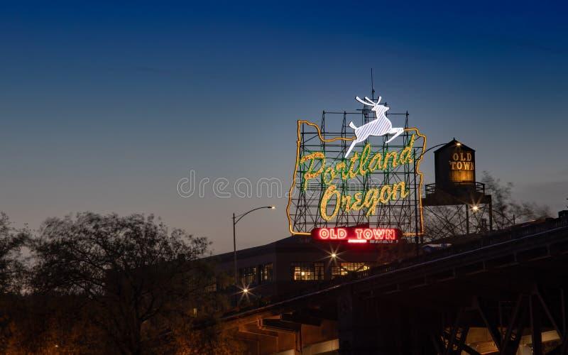 Oud het neonteken van Stadsportland Oregon in Portland, Oregon royalty-vrije stock foto