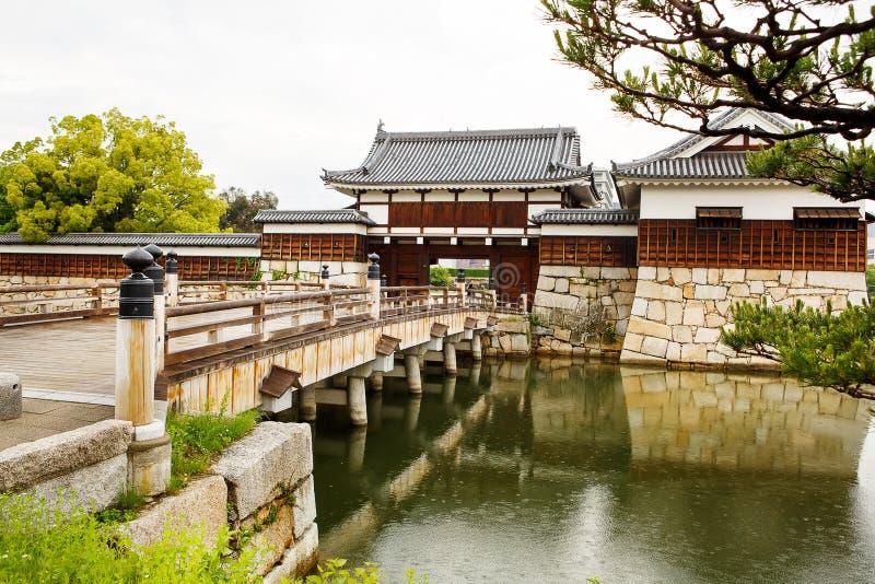 Oud Hiroshima casle in Japan, op Otagawa-rivier in de zomer stock fotografie