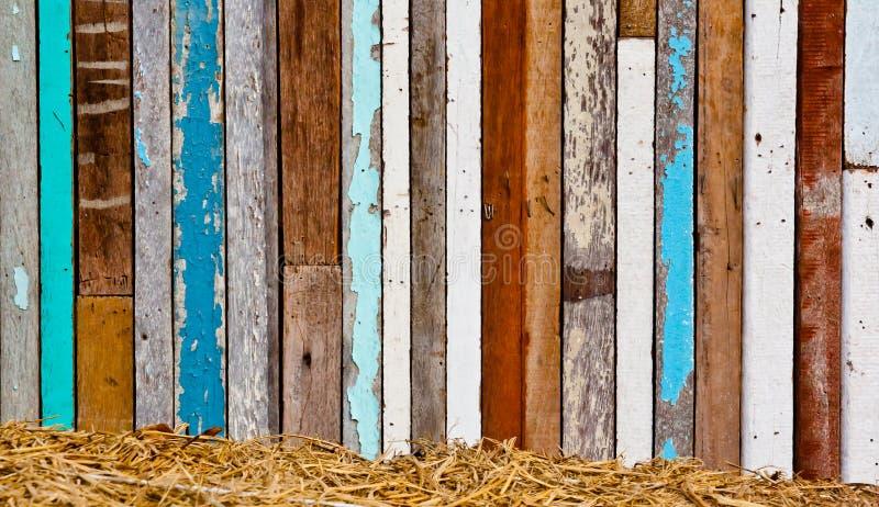 Oud hout aan een muur stock fotografie