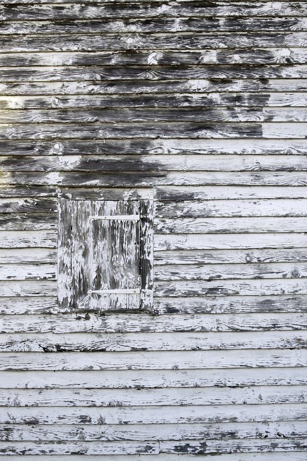 Oud houten blind met schilverf stock afbeeldingen