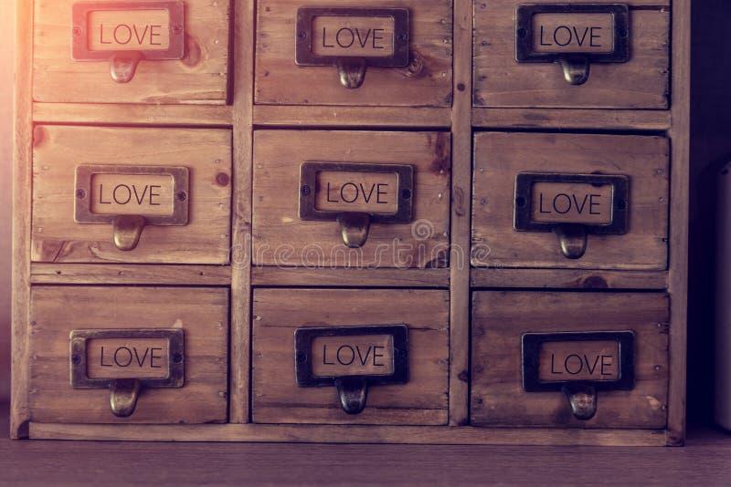 Oud houten meubilair met lade royalty-vrije stock foto