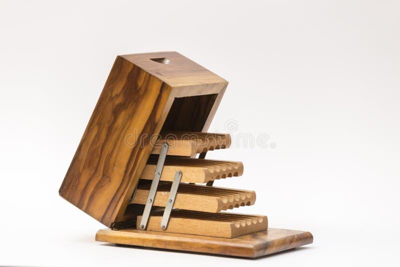 Oud houten sigaretgeval royalty-vrije stock fotografie