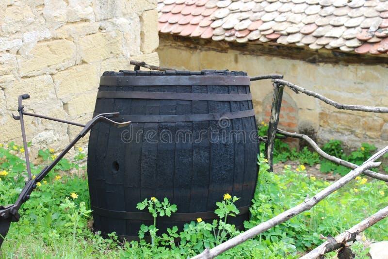 Oud houten vat royalty-vrije stock afbeeldingen