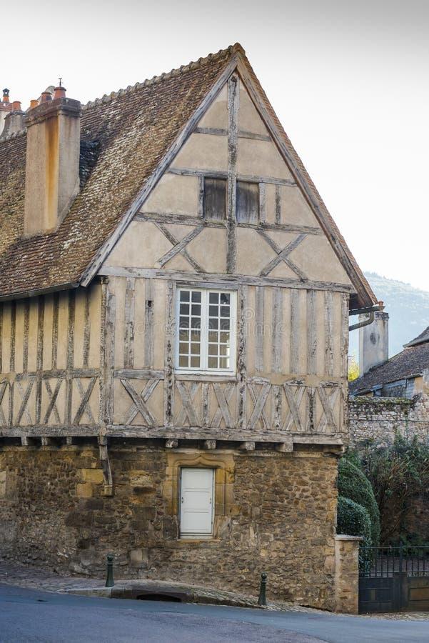 Oud huis in Autun, Frankrijk stock fotografie