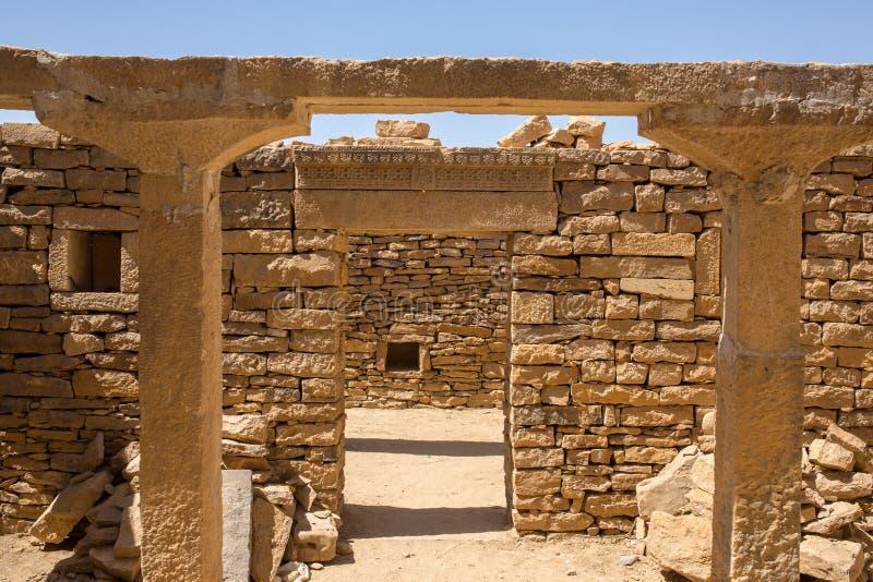 Oud huis in Kuldhara verlaten dorp dichtbij Jaisalmer, royalty-vrije stock afbeelding