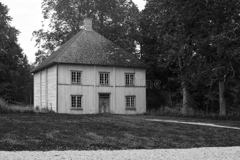 Oud huis in Zweden stock afbeelding