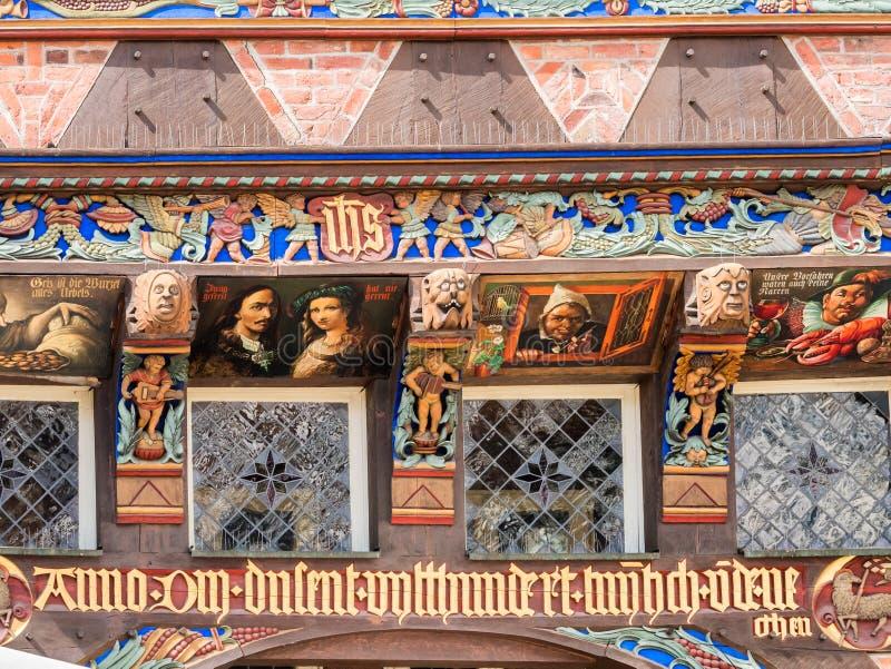 Oud huisdetail op het maninvierkant in Hildesheim, Duitsland royalty-vrije stock foto's