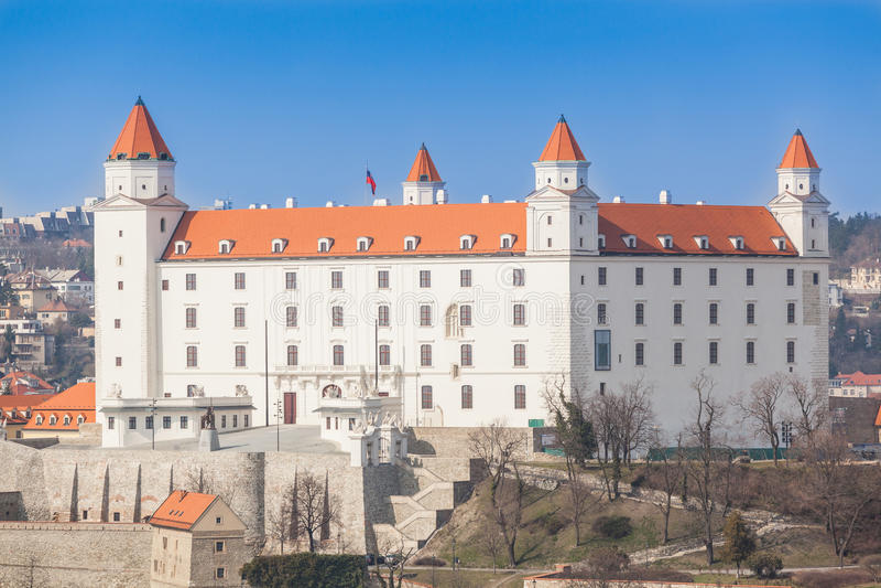 Oud Kasteel in Bratislava stock foto's