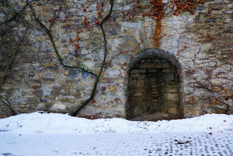 Oud kasteel in bulle in gruyère in Zuid-Zwitserland stock afbeelding