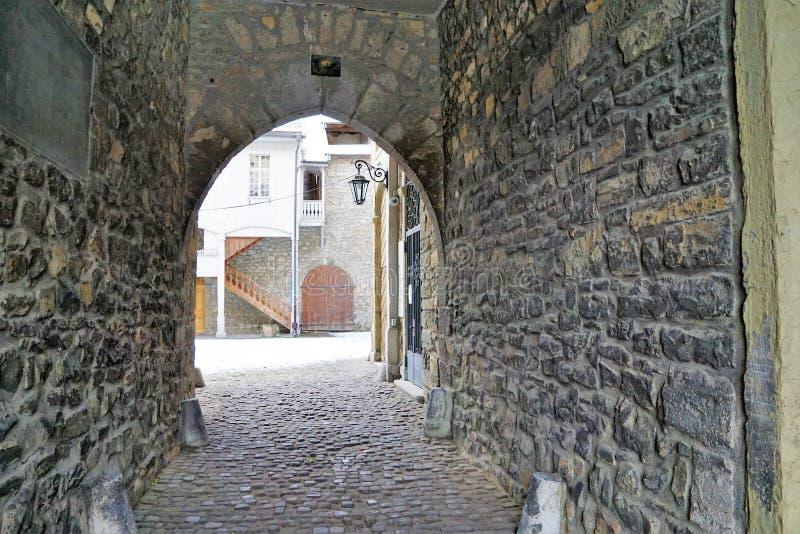 Oud kasteel in bulle in gruyère in Zuid-Zwitserland royalty-vrije stock foto's