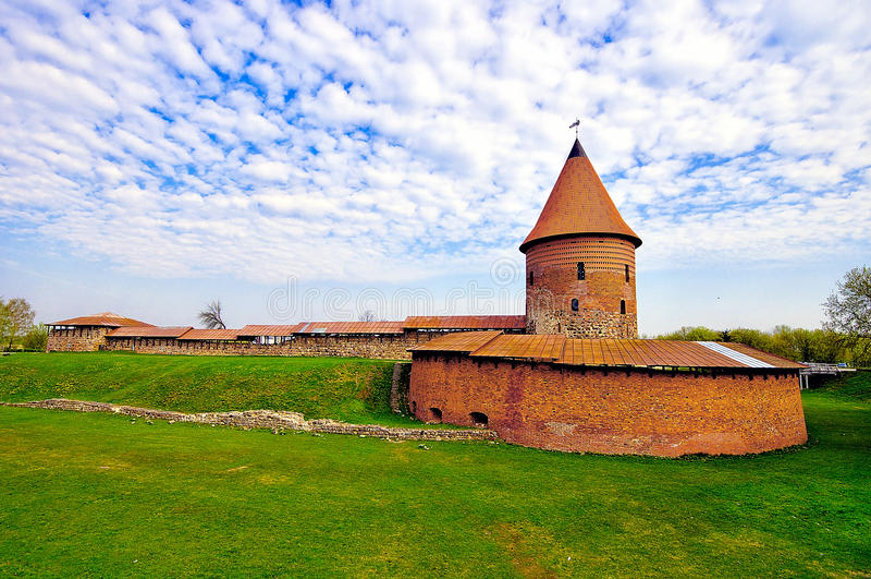 Oud kasteel in Kaunas, Litouwen. stock fotografie