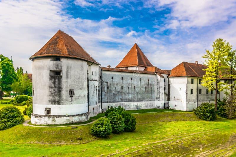 Oud kasteel in Kroatië, Varazdin royalty-vrije stock afbeeldingen
