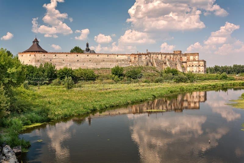 Oud kasteel in Medzhybizh, de Oekraïne royalty-vrije stock foto's