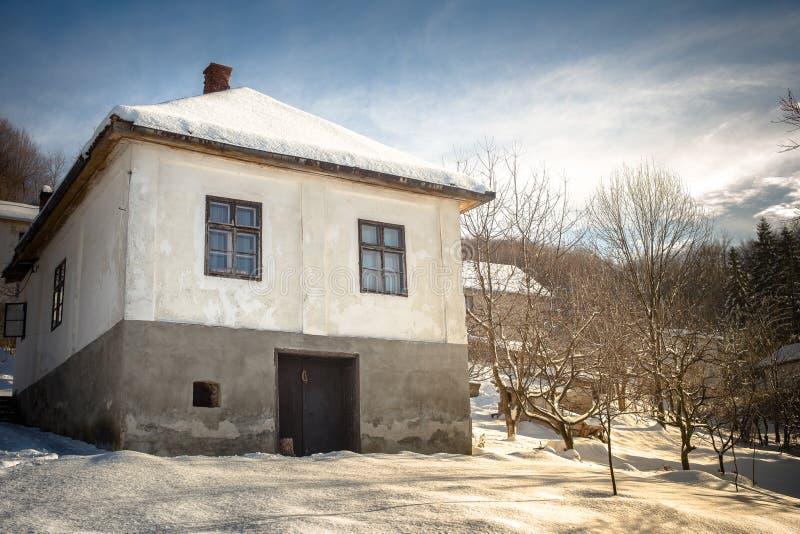 Oud Klassiek Servisch huis royalty-vrije stock fotografie